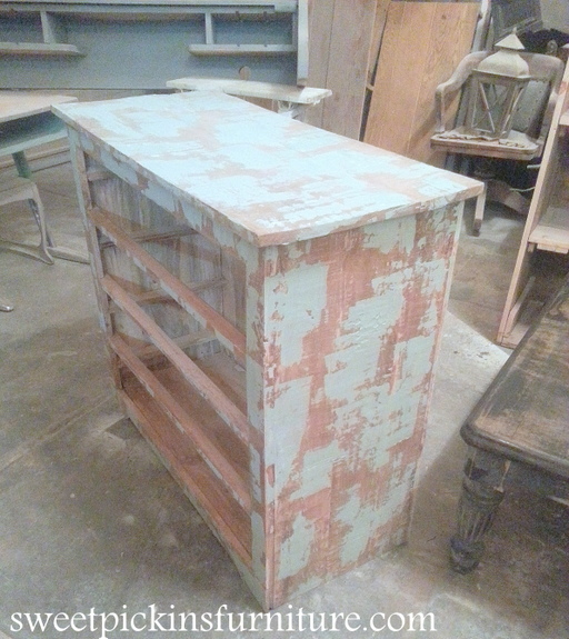 Sweet Pickins Furniture - Layering Paint with spackling paste technique