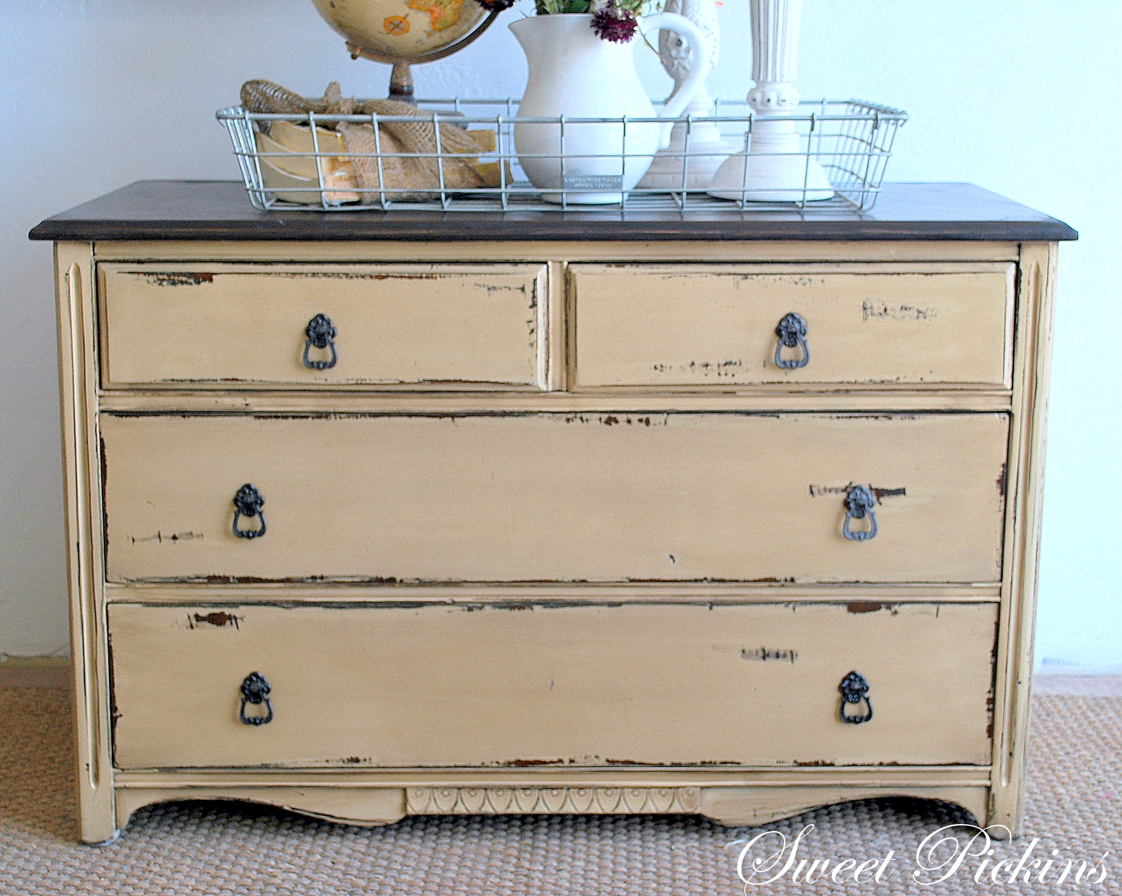 Before after small dresser sweet pickins furniture for Distressed furniture
