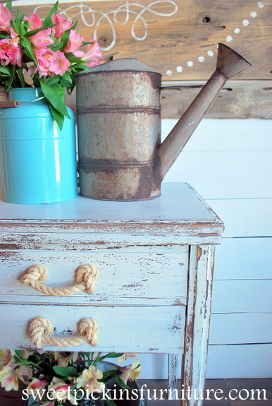 Sweet Pickins Milk Paint Line