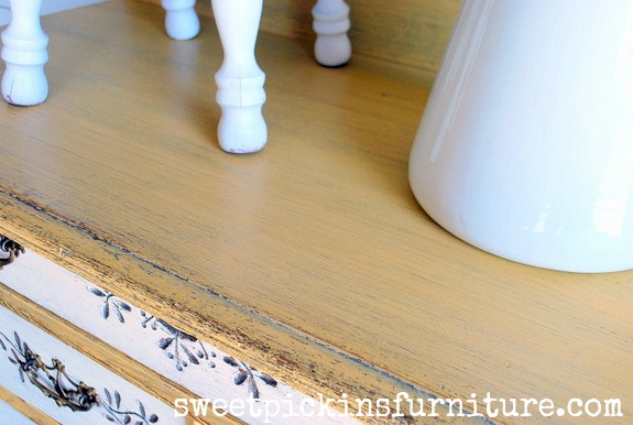 Sweet Pickins Milk Paint - Marigold and Light Cream 4