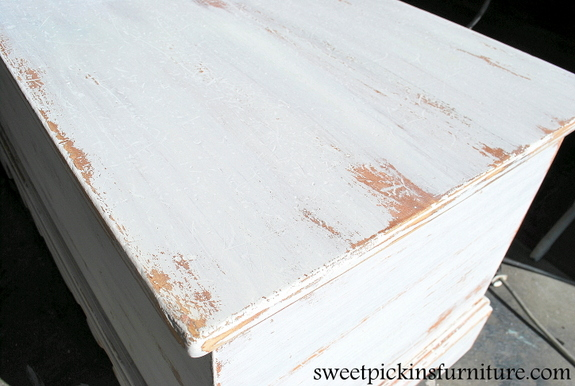 Sweet Pickins Milk Paint 101 Post