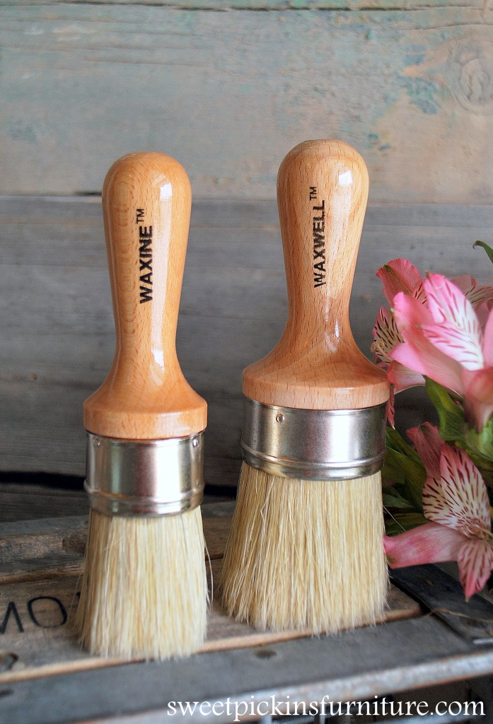 Sweet Pickins Wax Brush