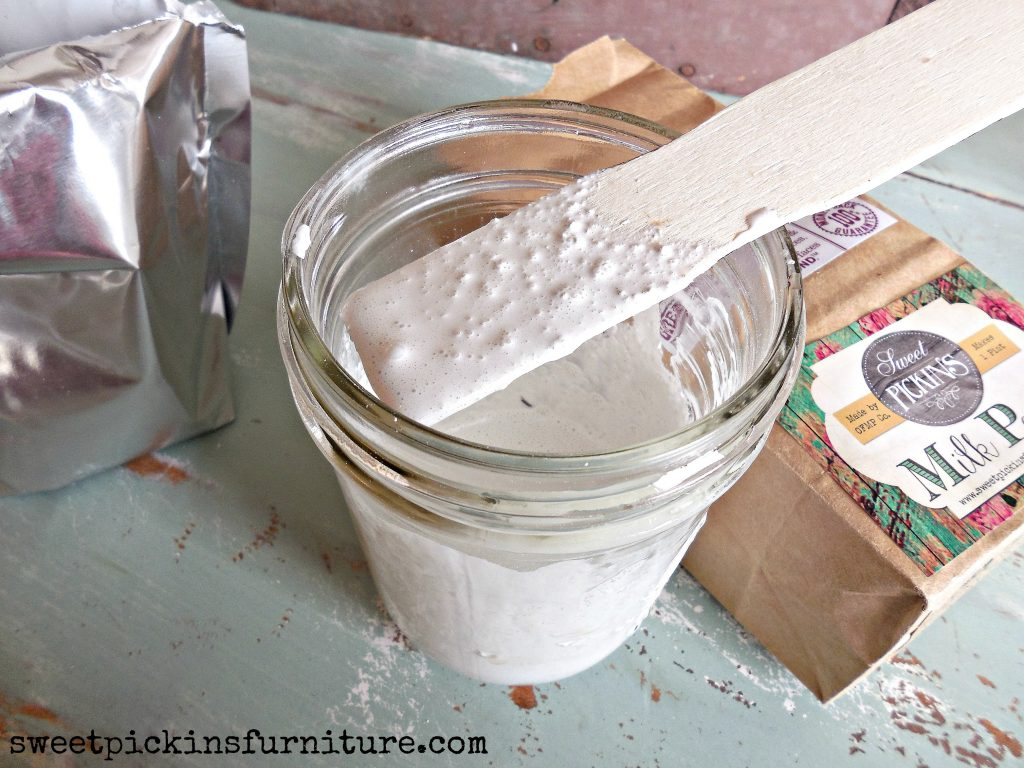 Sweet Pickins Milk Paint - mixing tutorial 3